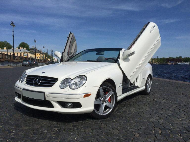 Mercedes CLK 500 AMG Lambo Doors