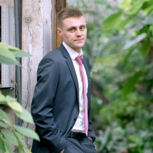 Дмитрий Метелев